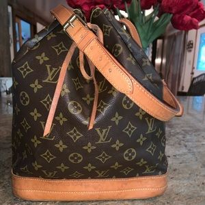 Vintage Authentic Louis Vuitton Noe GM